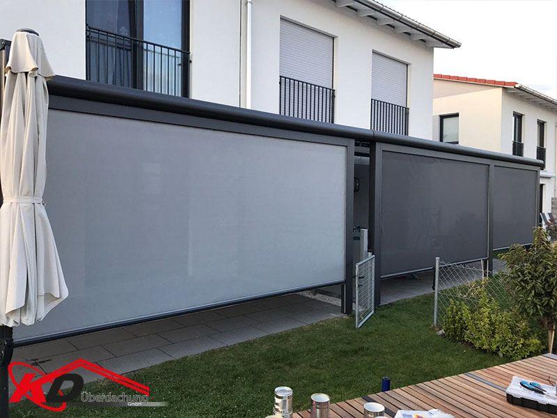 Doppelhaus mit Front Markisen Sonnenschutz terrasse