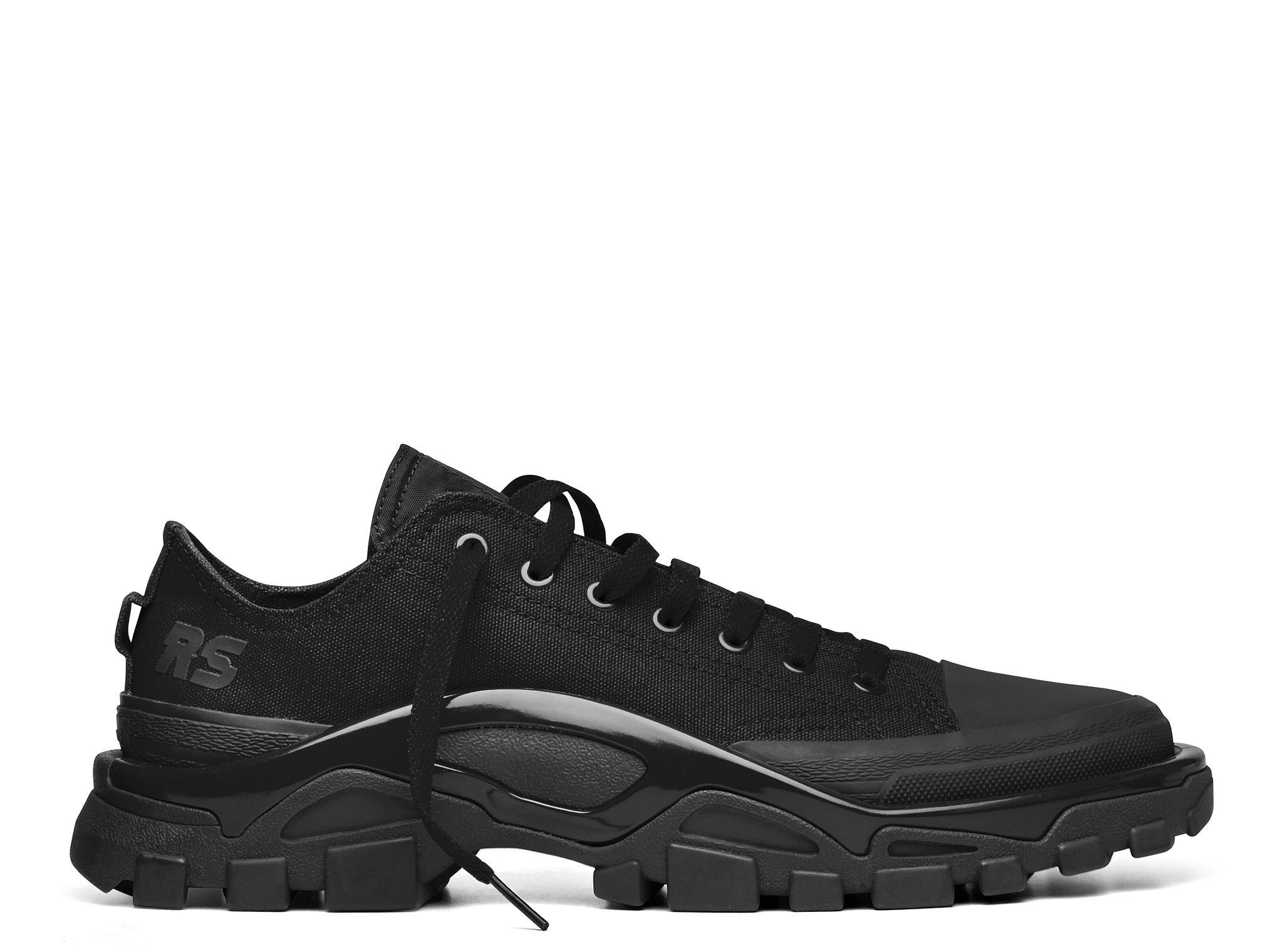 Raf Simons x Adidas Detroit Runner sneakerboy se cuela y botas