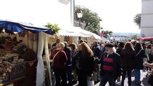 Festa de Montmartre. EramusOfParis no Flickr