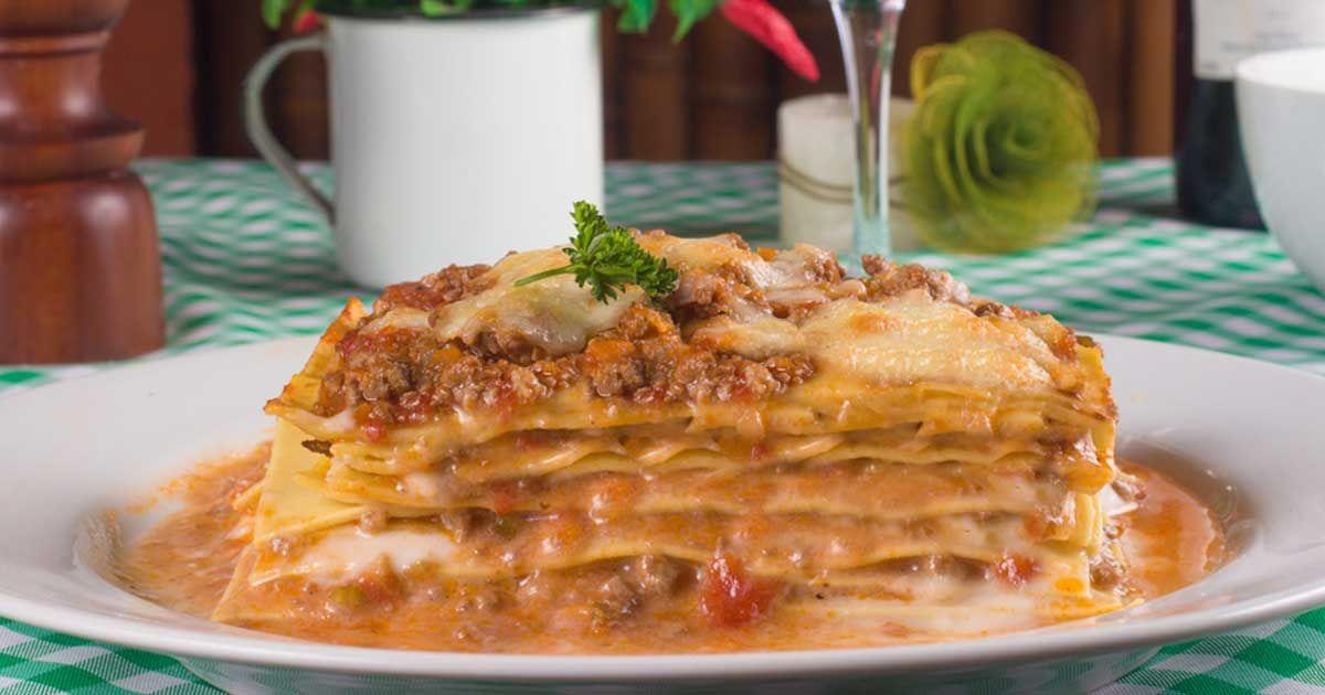طريقة عمل لازانيا How To Make Lasagna الوصفة لزانيا بالبشميل الحشوة تقديرية حسب الكمية اوراق اللز How To Make Lasagna Lasagna Food