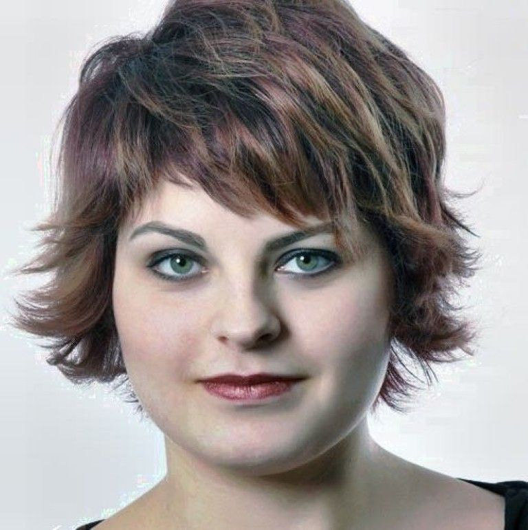 Haircuts For Overweight Faces: Short Hairstyles Over 50 Overweight