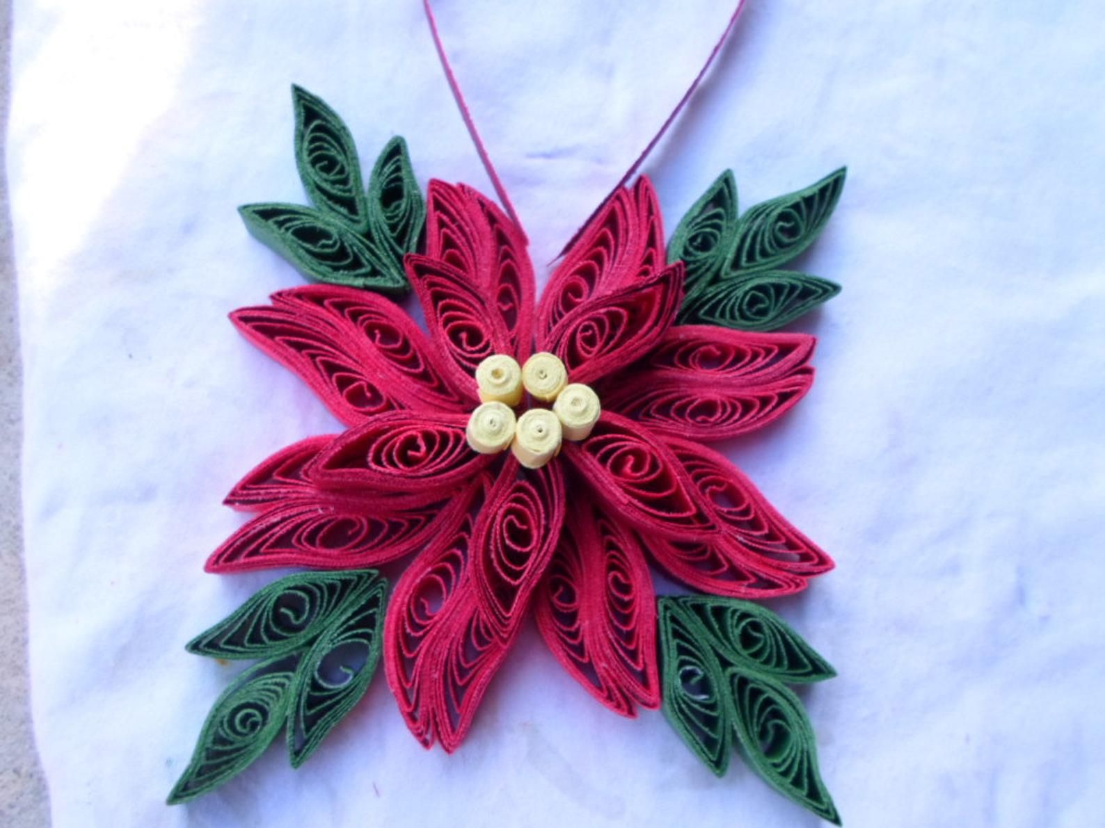 Christmas tree ornament Red Green Holidays decoration