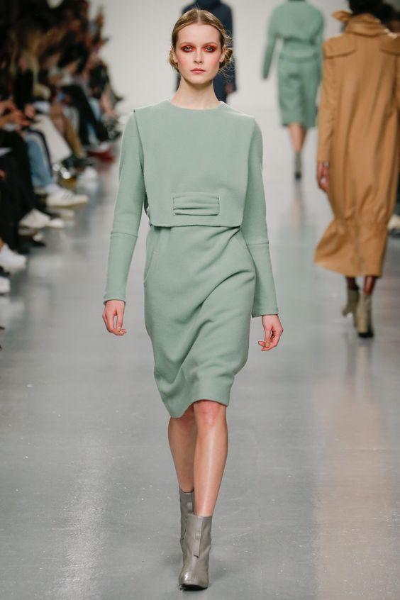 45a2a062437 Платья осень-зима тенденции 2017-2018 года. Уличный стиль зима 2017 2018.  Модные тенденции в одежде 2018 года. Тенденции и тренды 2017 2018 года на  фото.