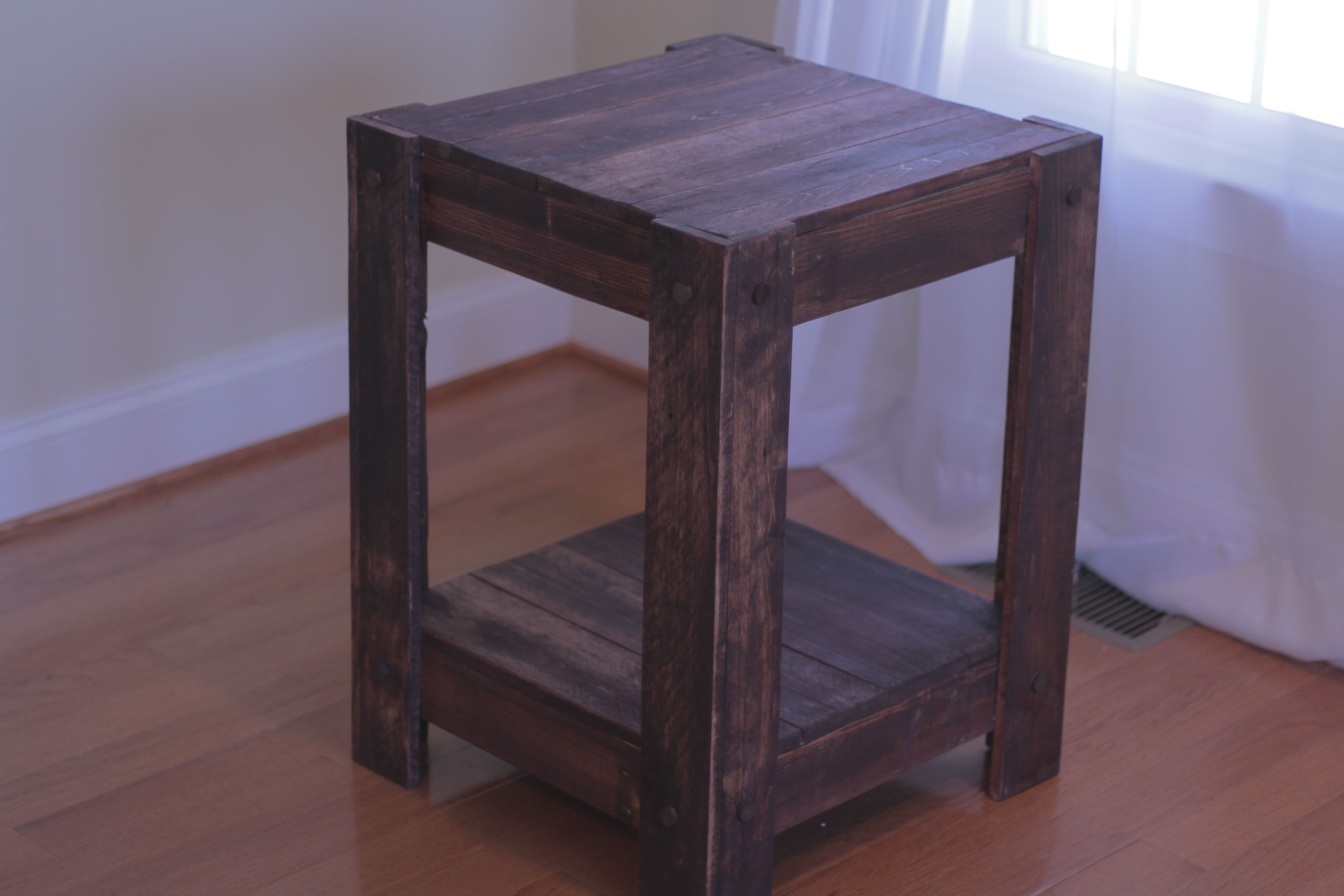 Pallet End Table Building An Outside Side Table Out Of Scrap