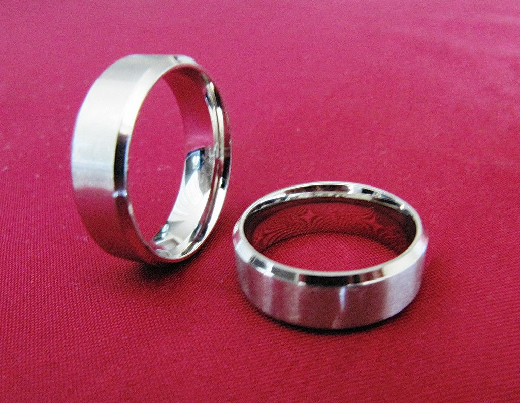 316 Stainless Steel Ring With Mirror Finished Beveled Edge Matte Faced