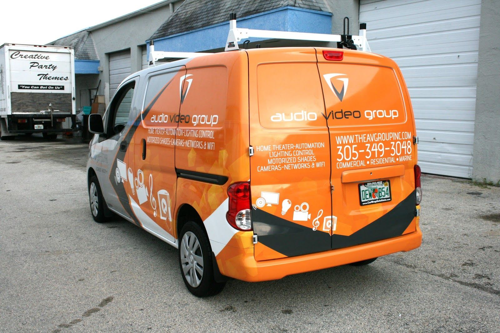 Pin By Walter Pineda On Nice Commercial Vehicle Car Wrap Nissan