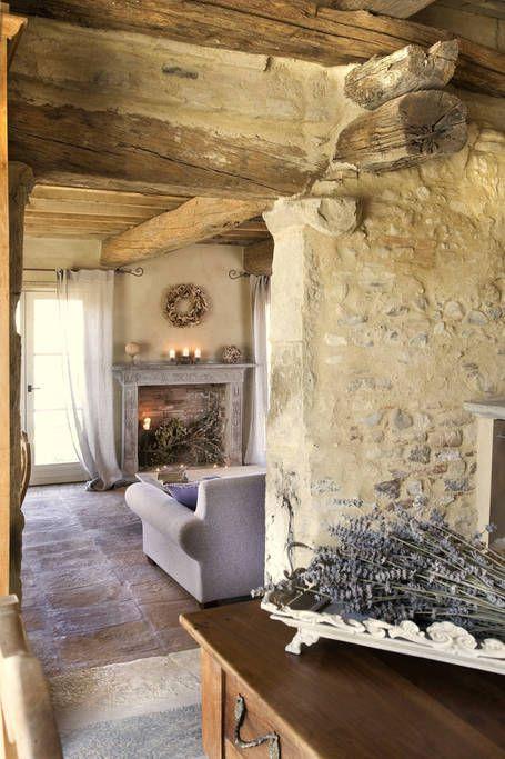 Pin di archimade giampaniserra su tuscany villa home decor for Interni case francesi