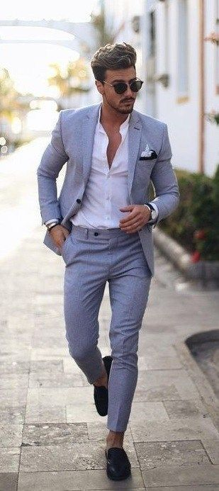 Spring Summer 2020 And Fluid Suits You Should Definitely Try Mens Summer Outfits Summer Wedding Suits Summer Suits Men
