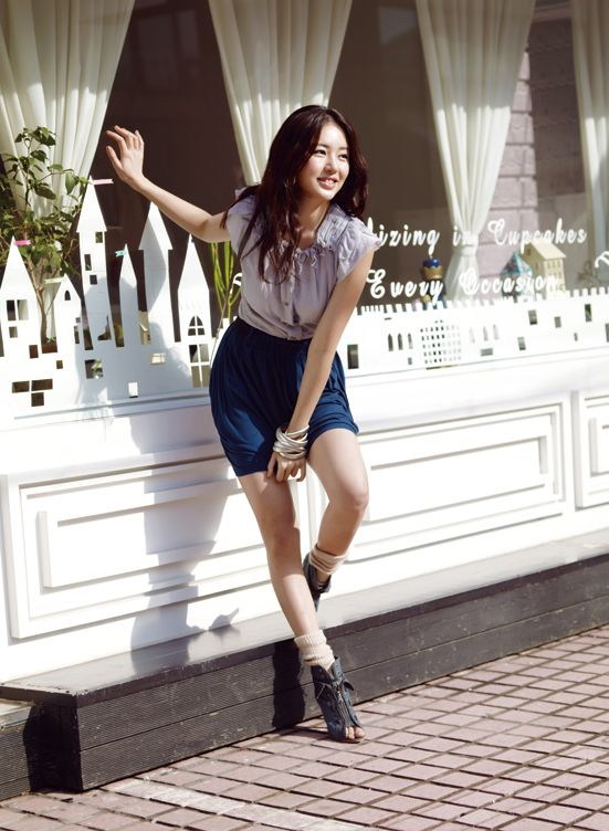 Yoon Eun Hye for Basic House: ImageShack® - Online Photo and Video Hosting
