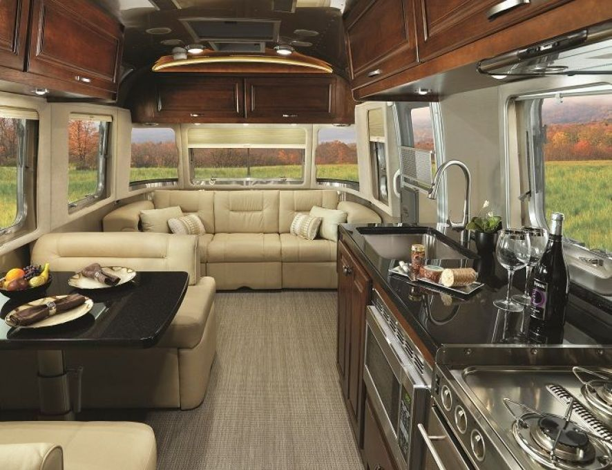 Classic Airstream Gets A Makeover Airstream Interior Airstream Trailers Trailer Interior