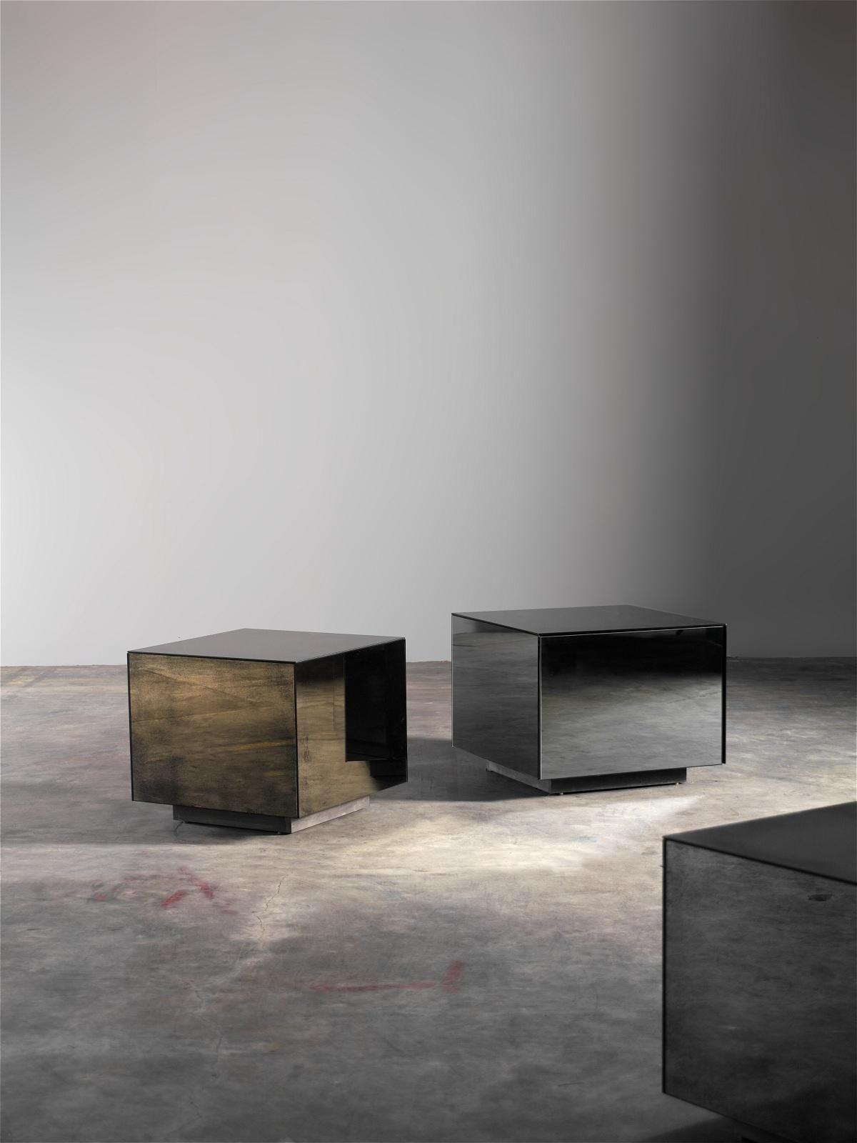 Side Cube Table with Door in Off Grey Mirror