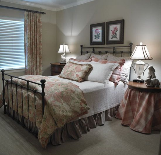 Great Dark Traditional Bedroom Decorating Ideas