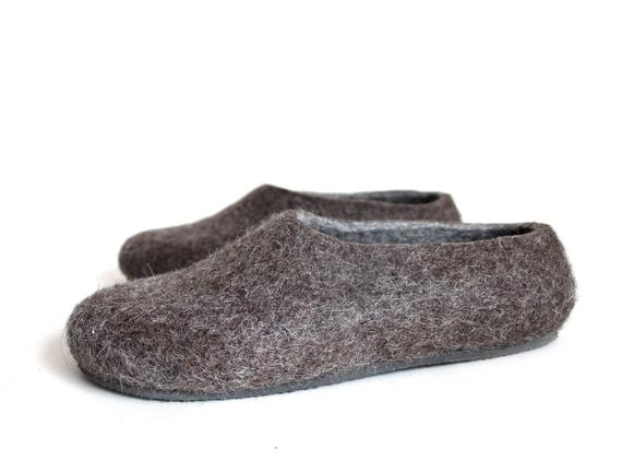 814f8e1be5b3a READY to SHIP brown gray mens felt slippers, Mens size US 11 ...