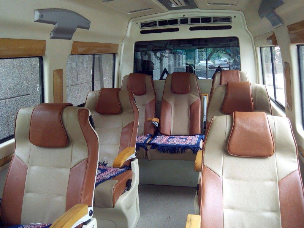 7 Seater Tempo Traveller In Delhi