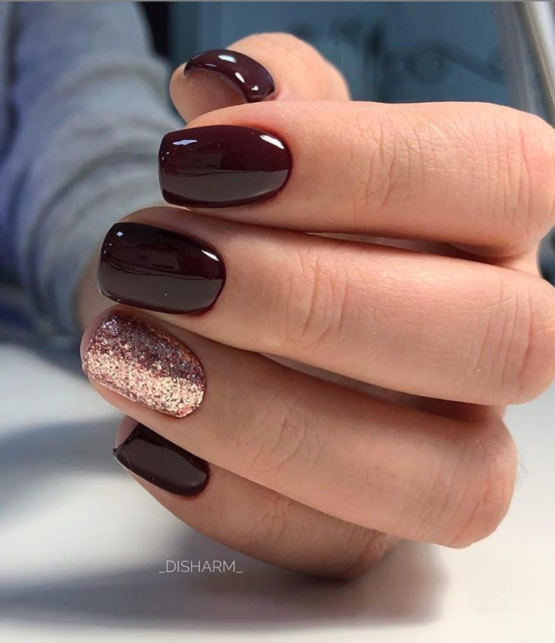 36 Sparkle Glitter Acrylic Nail Designs Ideas For Short Square Almond Nails Page 4 Of 36 Latest Fashion Trends For Woman In 2020 Mauve Nails Accent Nail Designs Squoval Nails