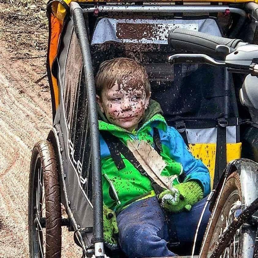 Von der letzten Fahrrad-Tour. 26 Kinder, die ihrem Psychiater diese Fotos nicht vorenthalten sollten