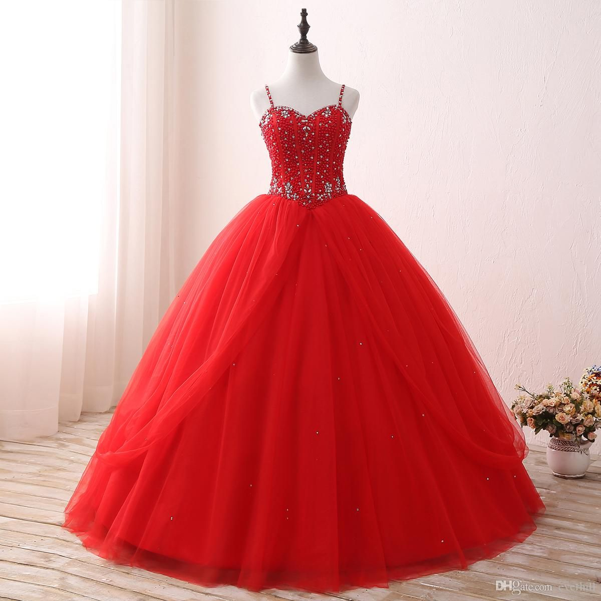 a7887b9c002 Ball Gown Red Quinceanera Dresses With Straps Ruffles Beaded Vestidos De 15  Anos Vestidos De Quinceanera 2017 Crystal Party Prom Dress Long