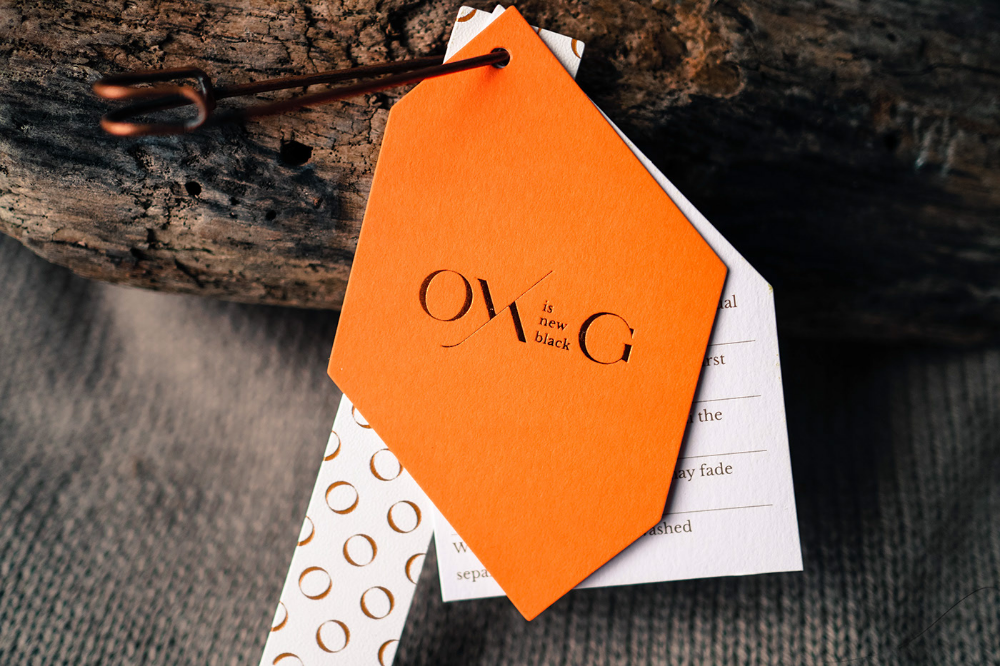 OYHG is new black 服飾品牌設計 on Behance