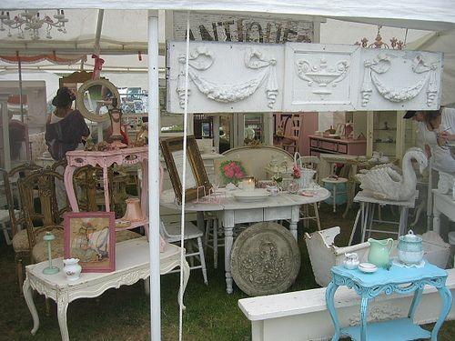 My Roadtrip Bucketlist: The Brimfield Antique Show
