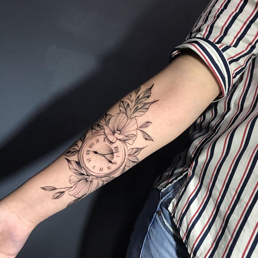 Tatuaje realizado por @davidizurietajurado en @whitecat_tattoo_room #quitotattoo #tattooquito #tattooecuador #ecuadortattoo #quitotatuajes #tatuajesquito #tatuajesecuador #ecuadortatuajes #besttattoos #tattooshopquito #mejorestatuajesecuador #besttattoosquito #tatuajesenquito #tattooist #mejorestatuajesquito #tattoooftheday #tattooart #tattoolife #tattoo #tattoos #tattooed #ink #tattooartwork #besttattooecuador #tatuajesenecuador #amazingink #dotwork #blackworker #linework
