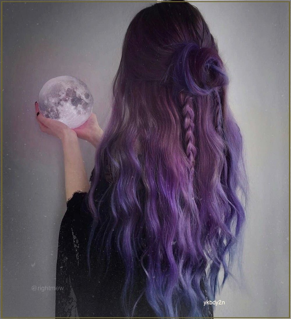 Purple hair  shared by @CupcakeBaunilha on We Hear