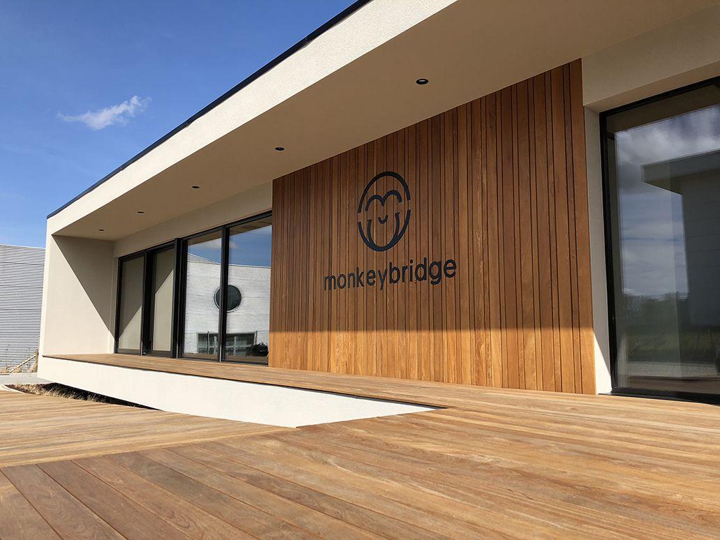 Bureau bois design de 418 m² by popup house en belgique part 3