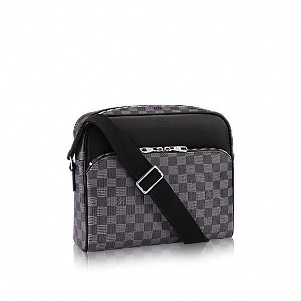 LOUIS VUITTON Dayton Reporter Mm.  louisvuitton  bags  leather  lining   canvas  metallic    Louisvuittonhandbags bf88c9ab6f5