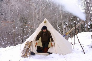 Winter tent, stove, snow shoes - Old Timer な気分で行こう