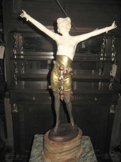 709: BRONZE & IVORY SCULPTURE SIGNED BRUNO ZACH : Lot 709