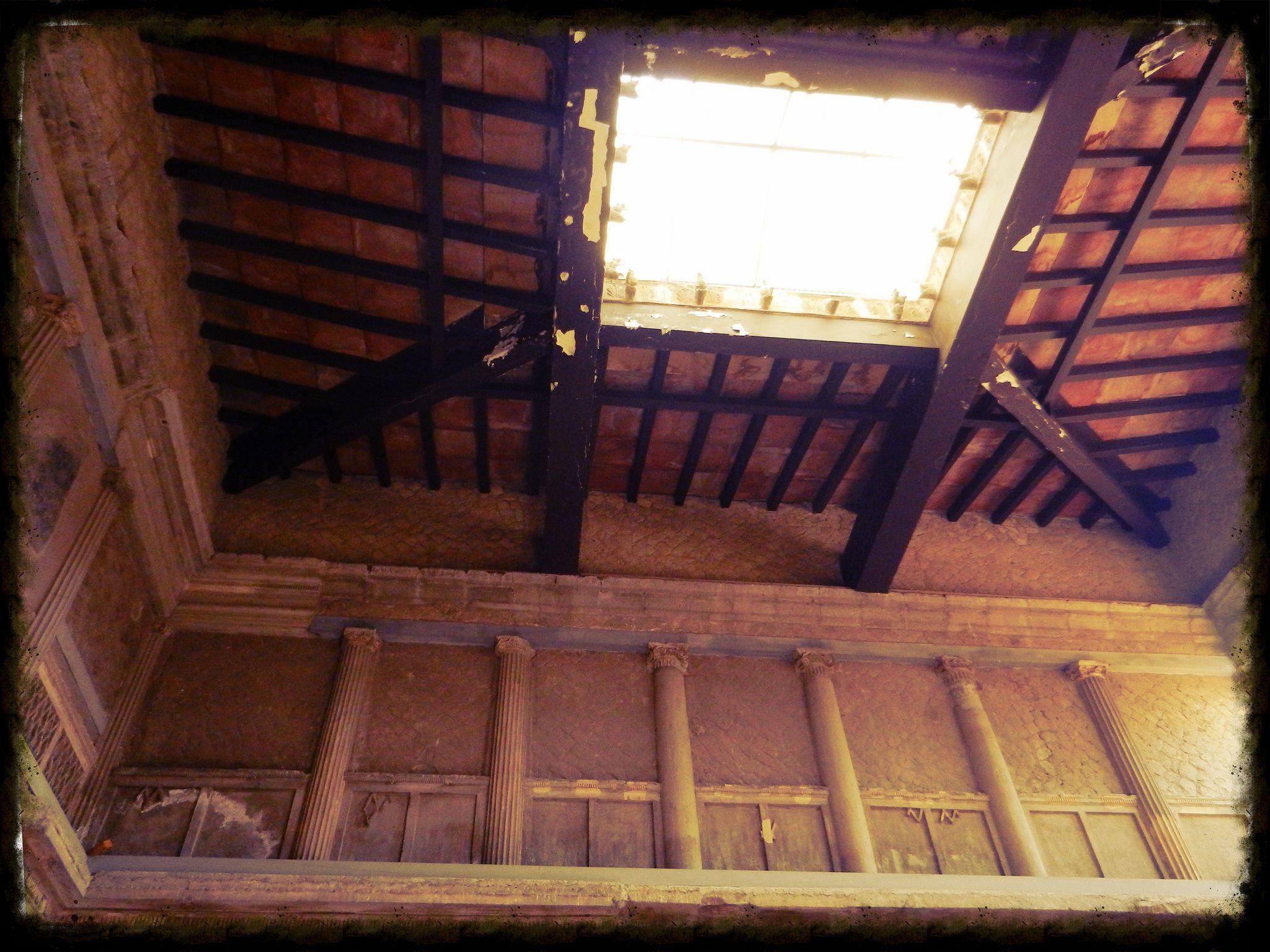 Impluvium De La Casa Del Tabique De Madera Cardo Iv Inferior  # Muebles Pompeya