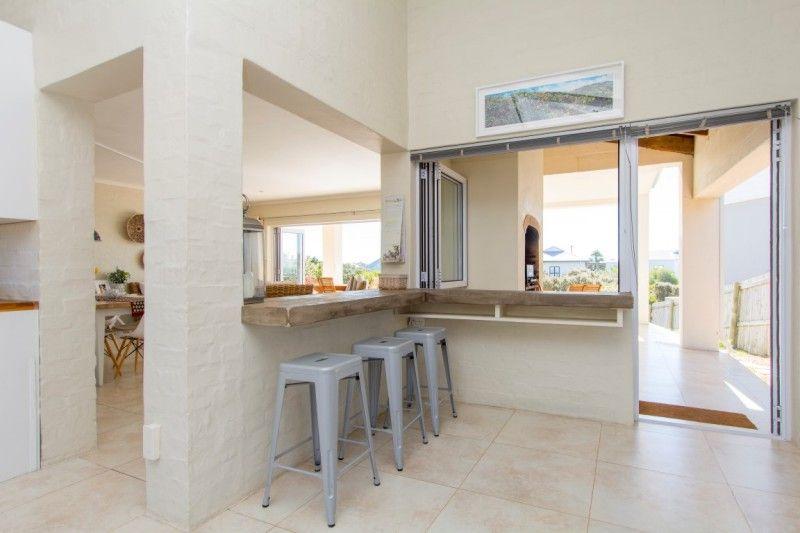 Nature Sea Amp Sun Http Www Jawitz Co Za Property 128173 Breakfast Bar Kitchen Property