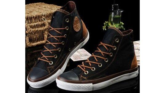 scarpe-converse-nero-chuck-taylor-vampiro-donna-uomo-tela-sneakers-in-pelle-alta  Hermans Style Follow our web pages to the address  Facebook - Lo Stile è la  ... 86d1ccb07f8