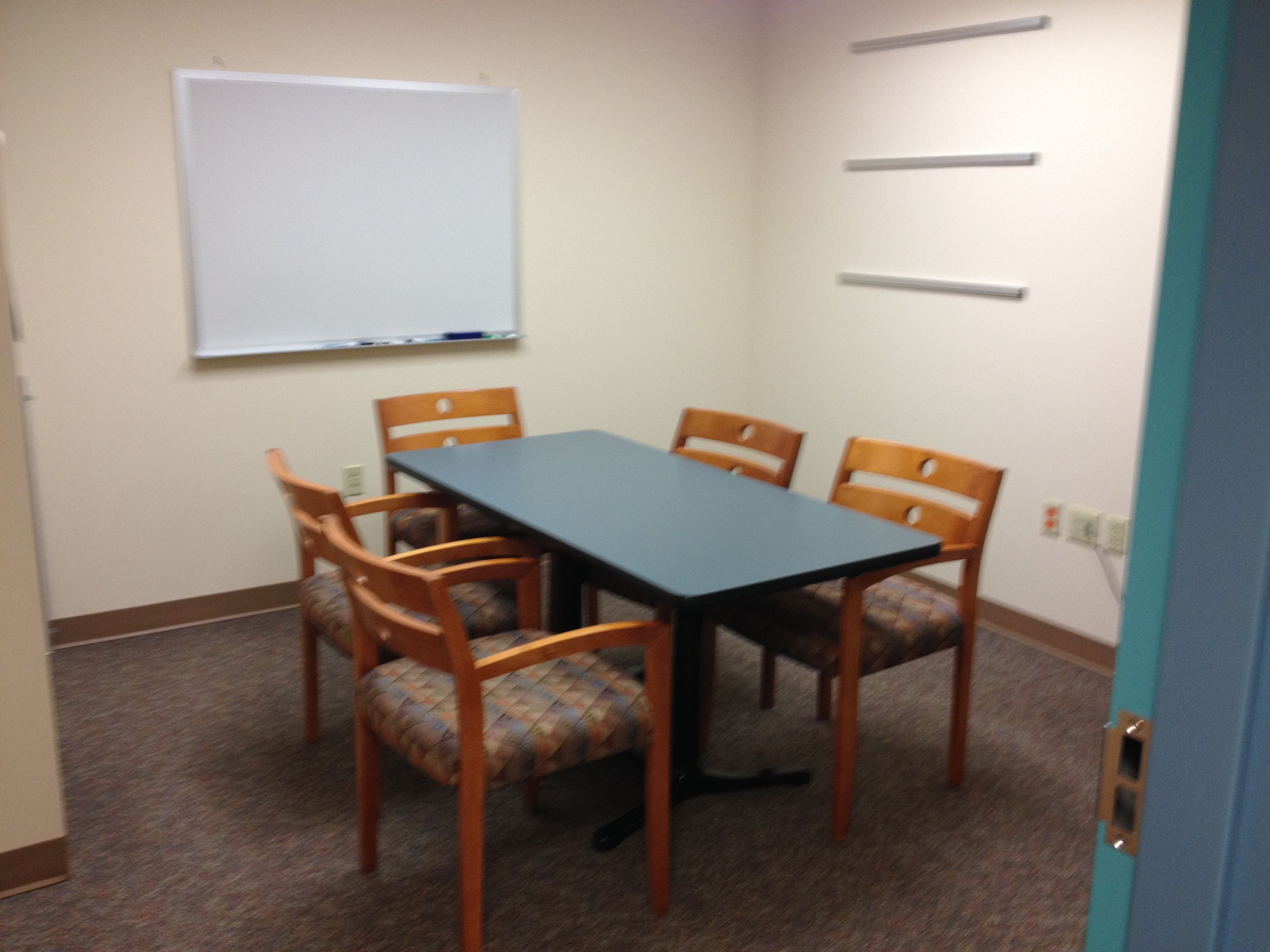 Small Lounge Conference Room 120 Sq Ft Small Lounge Room Conference Room