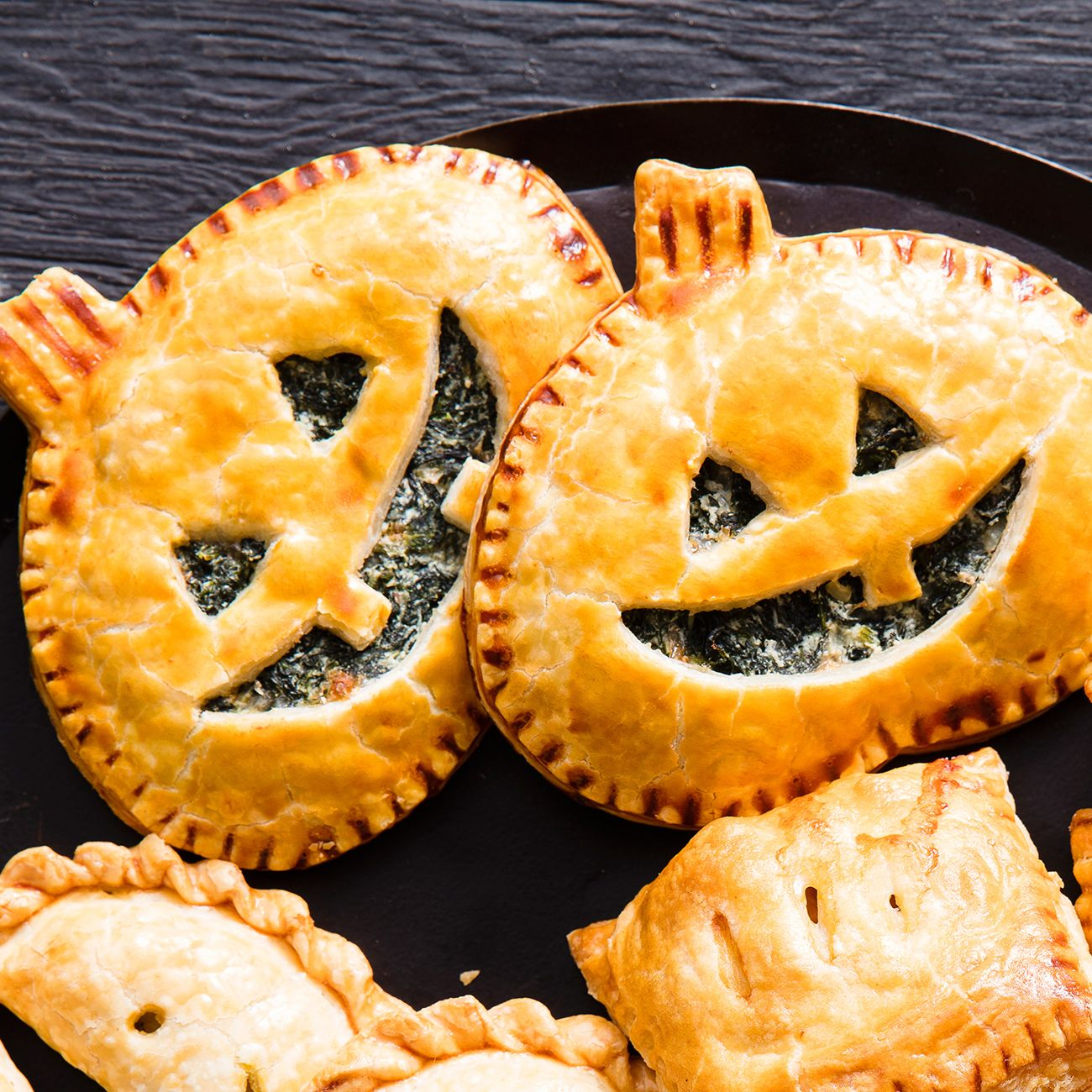 Great Halloween Treats Spooky Dessert Ideas Hand pies