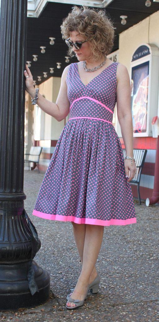 Serendipity Studio Marilyn Dress Sewing Pattern   Trapillo ...