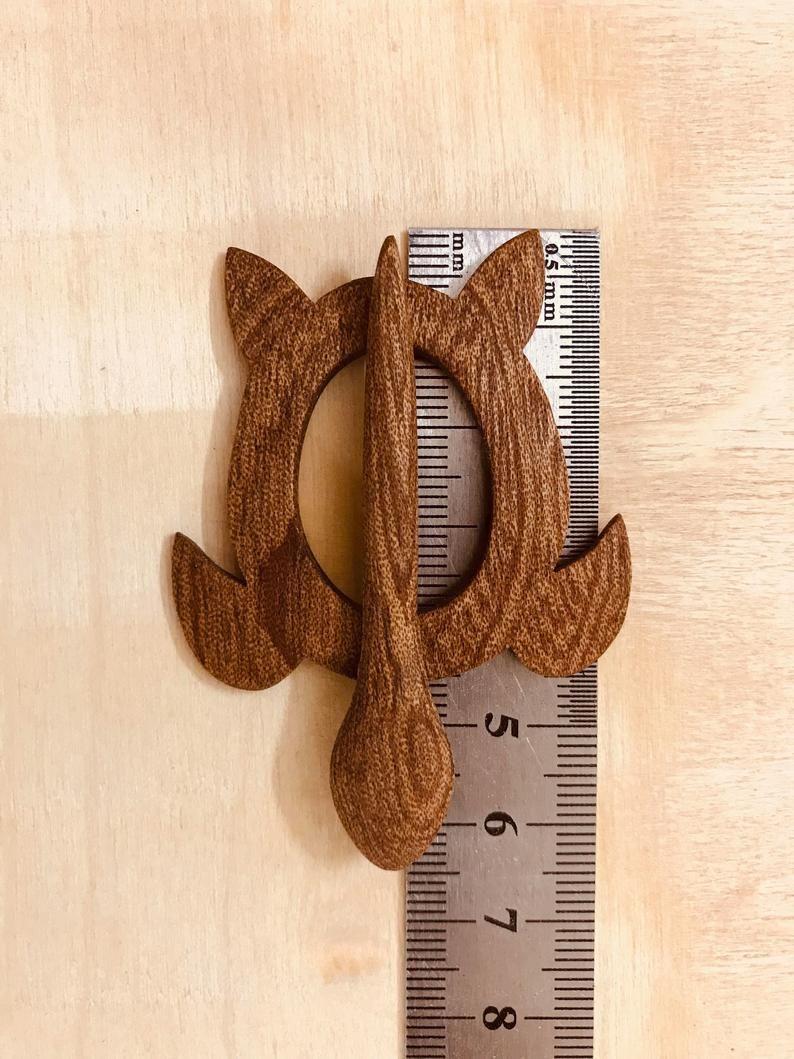 Handmade brooch Wooden brooch Sweater clips Scarf pin Wood turtle Brooch pin
