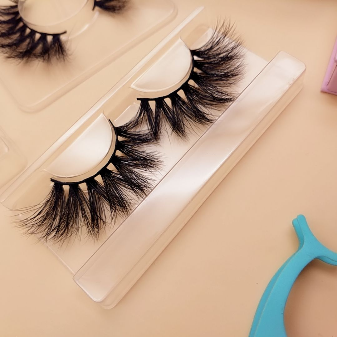 92eb7275a17 We supply different kind of 3d mink lashes, 3d silk lashes, eyelash  extensions in