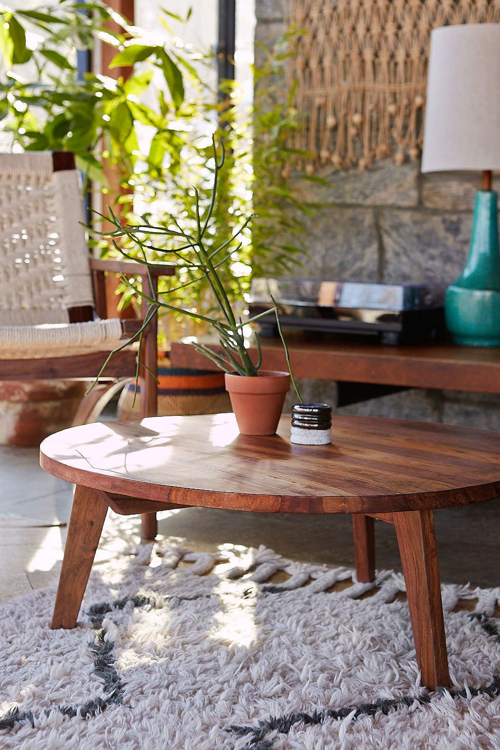 Round Modern Coffee Table Round Coffee Table Modern Round Coffee Table Decor Coffee Table Urban Outfitters [ jpg ]