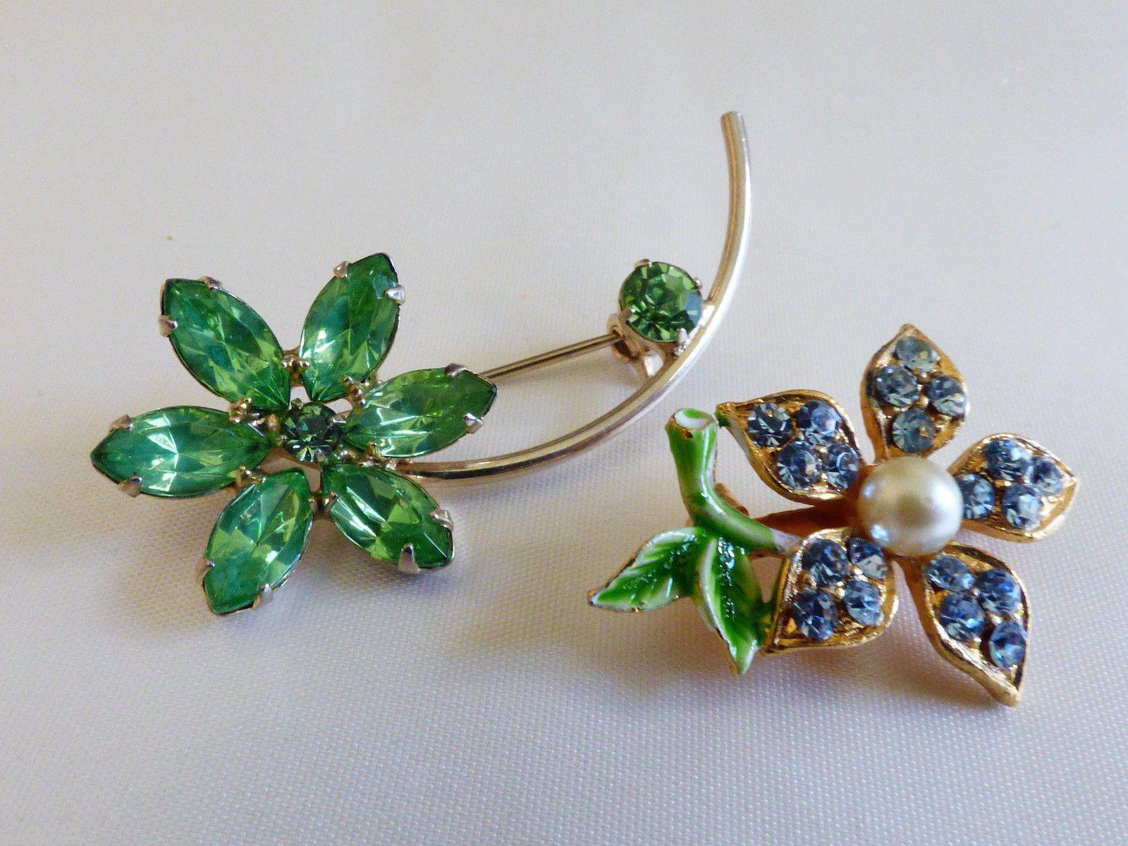 Set of 2 Gold tone metal green blue crystal rhinestones Flower pin brooch - Pins & Brooches