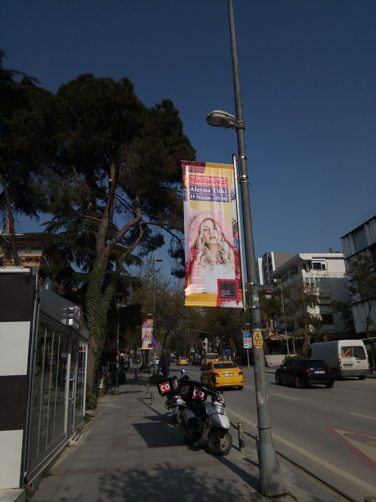 Emaar Square Mall Aleyna Tilki Street Pole Banner Pole Banners Street Banner