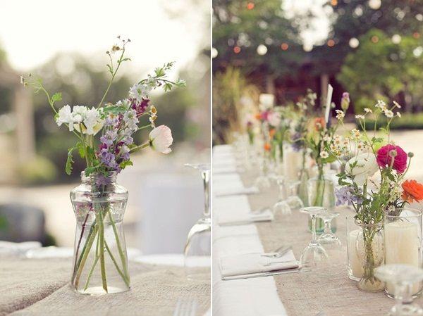 A cheerful summer wedding with country flowers for Standesamt dekoration hochzeit
