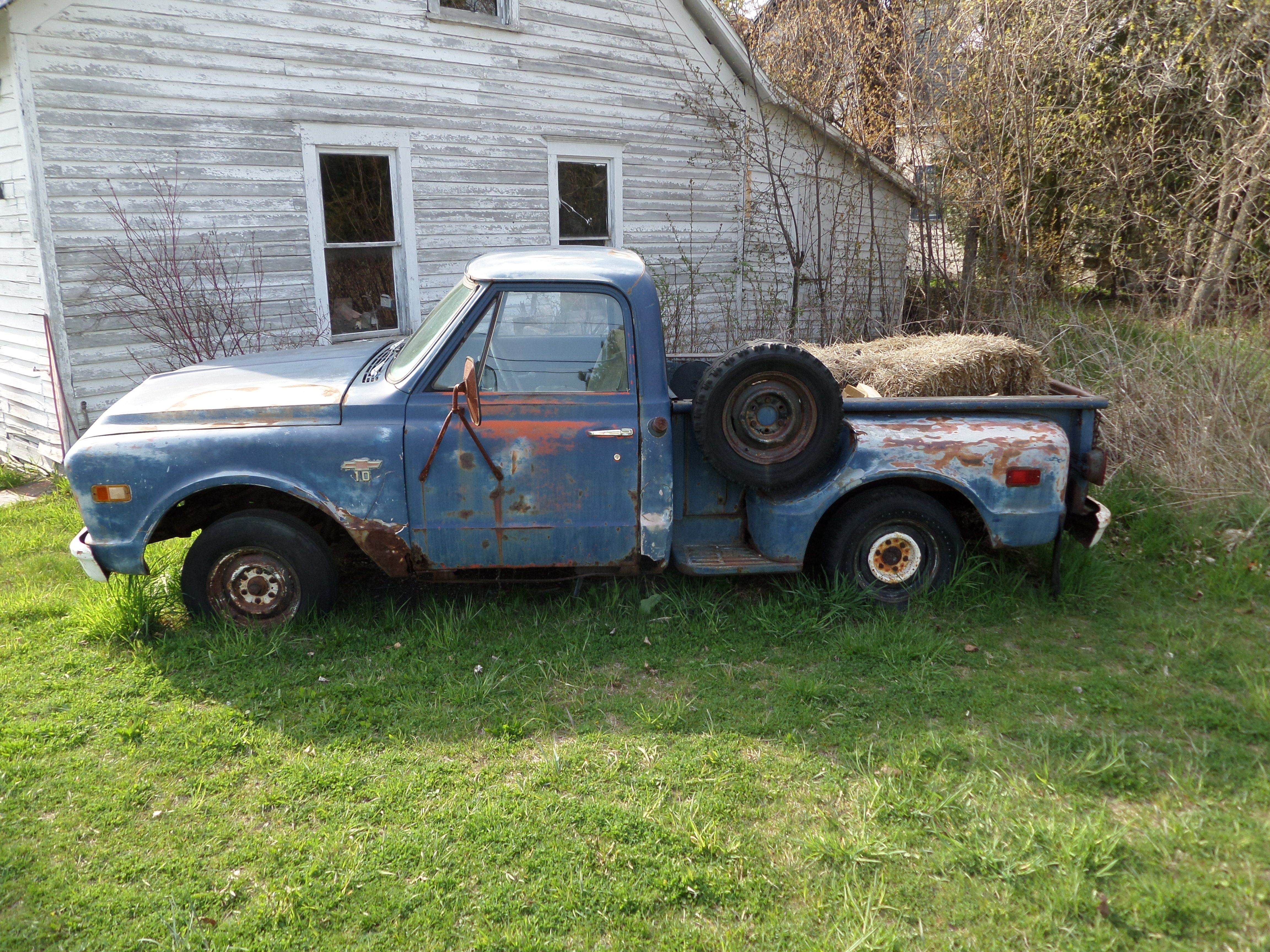 Old Chevy pick up in Ellison Bay Wisconsin | Classic Cars and ...