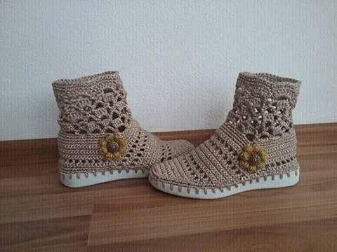 Resultado de imagen para polainas tejidas crochet dama | Zapatos ...