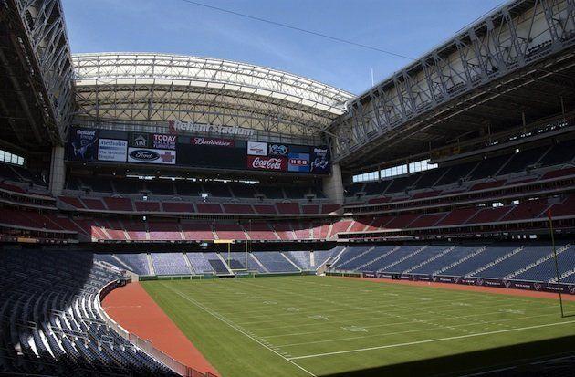 Yahoo Sports Nfl Stadium Retractable Roof Atlanta Falcons Stadium