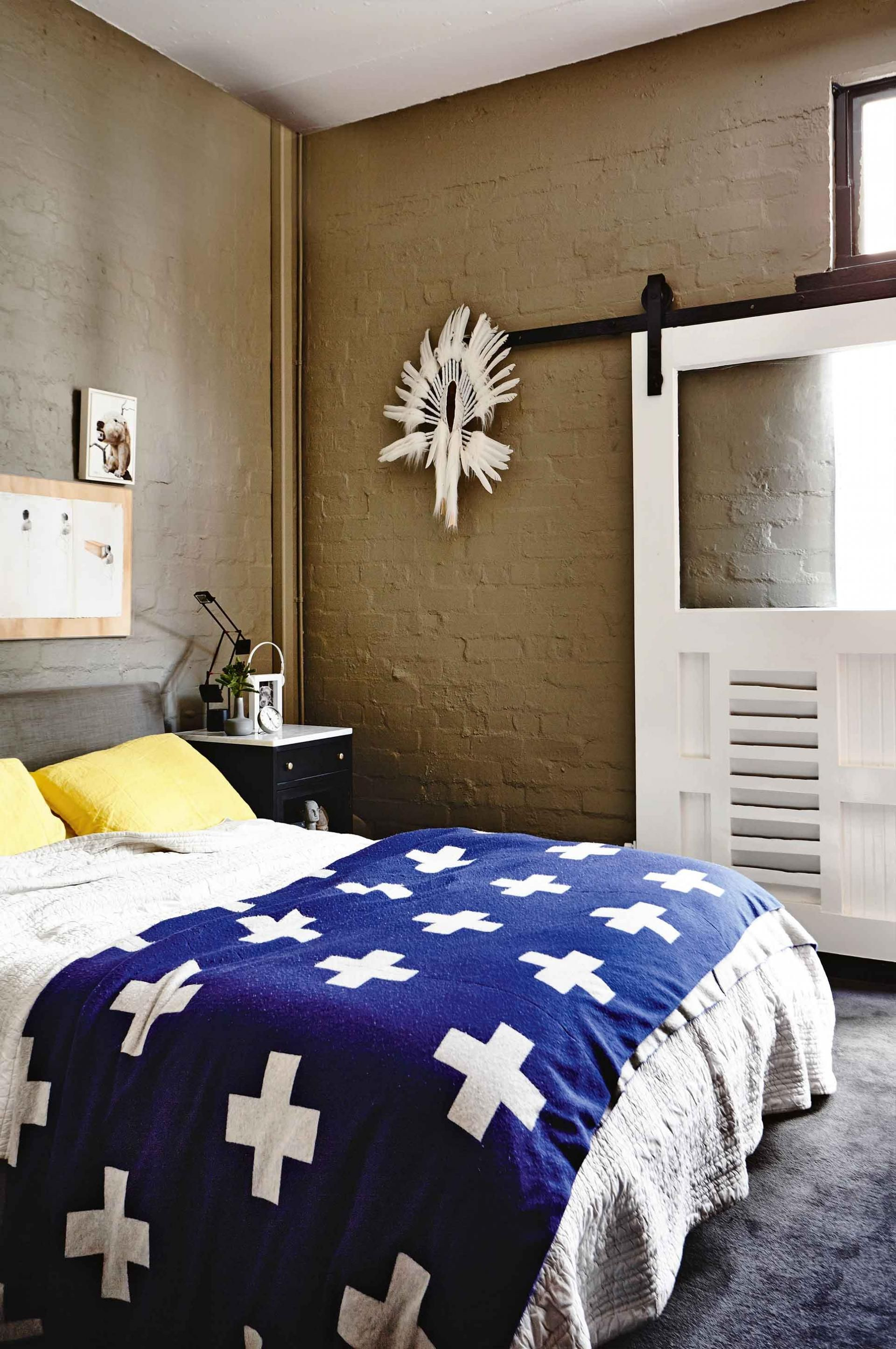 industrial bedroom furniture melbourne%0A Masculin   i industrial   ntro fost   fabric   de bere din Melbourne