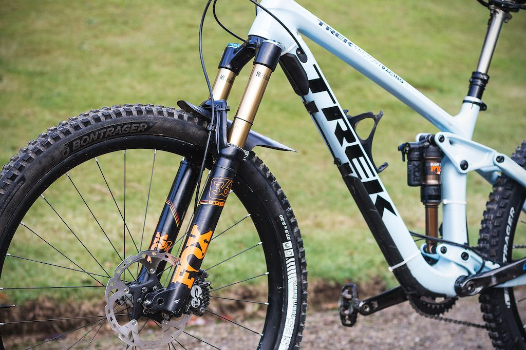 Katy Winton S Factory Trek Slash 29 And Remedy 27 5 Race Bikes