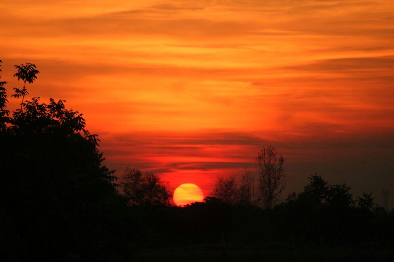 Risultati immagini per tramonti di maggio
