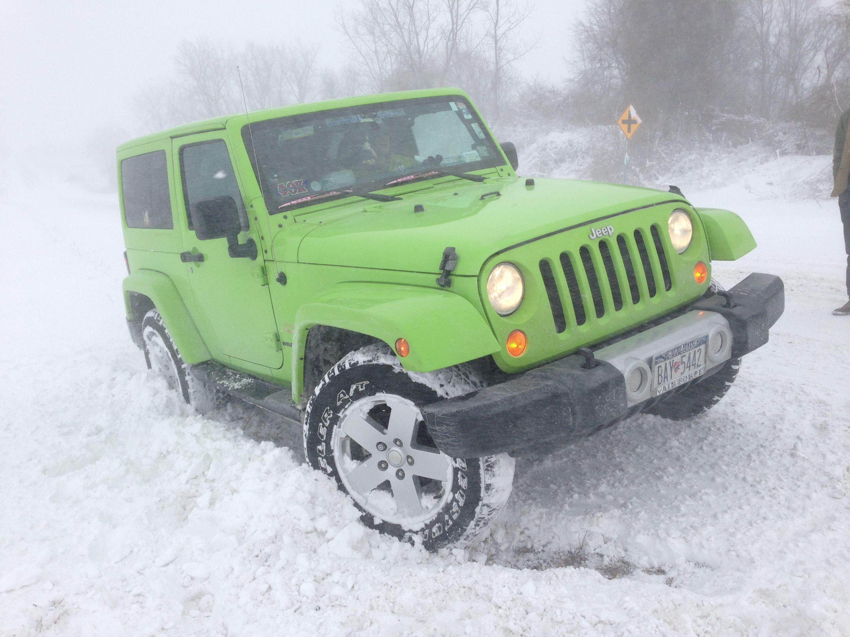 Jeep Wrangler Sahara 2012 All Lime