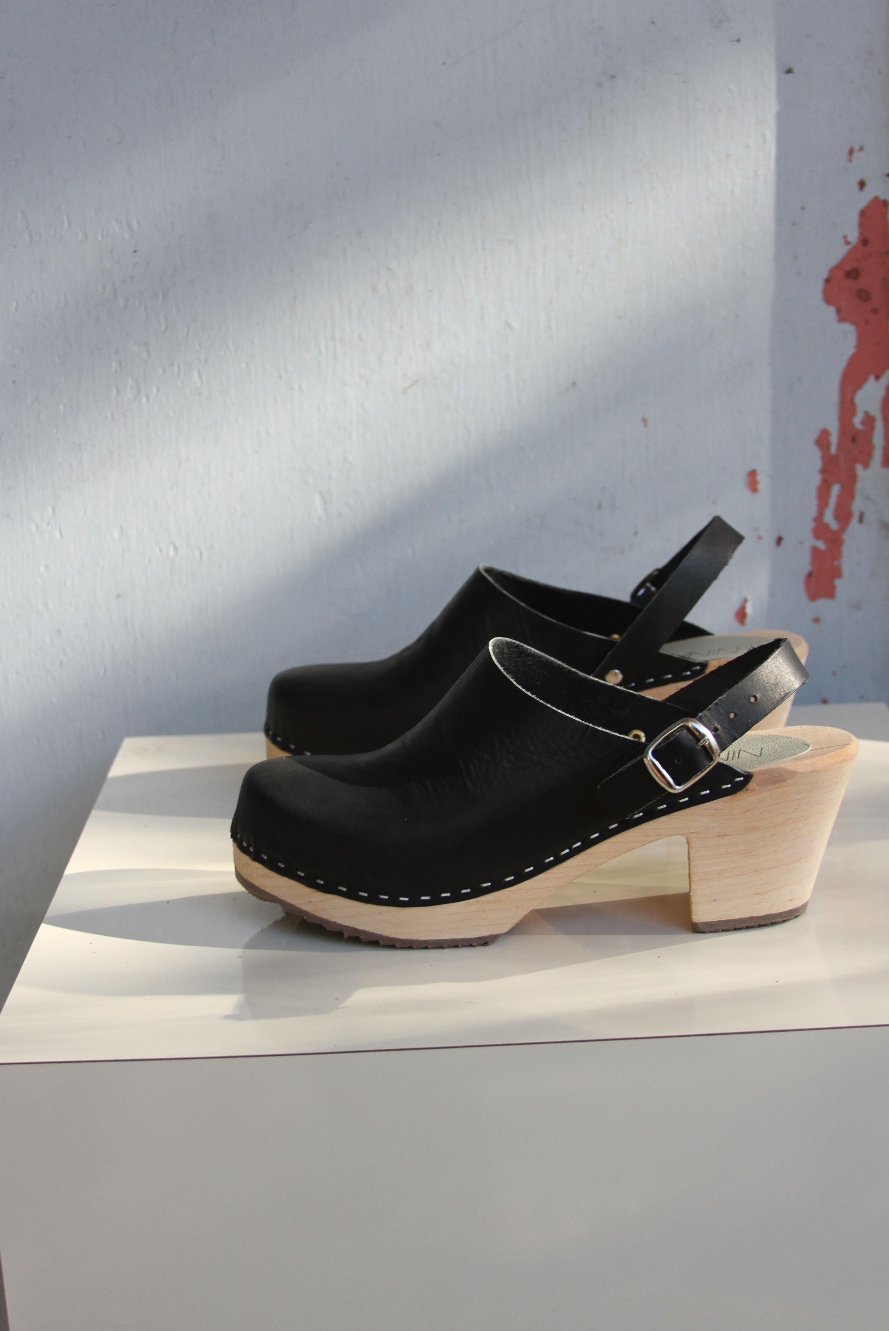 7cf8ced2d140 Nina Z Clogs Clog Boots