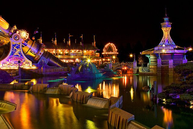 Dlp Feb 2009 Discoveryland At Night Disneyland Paris Castle